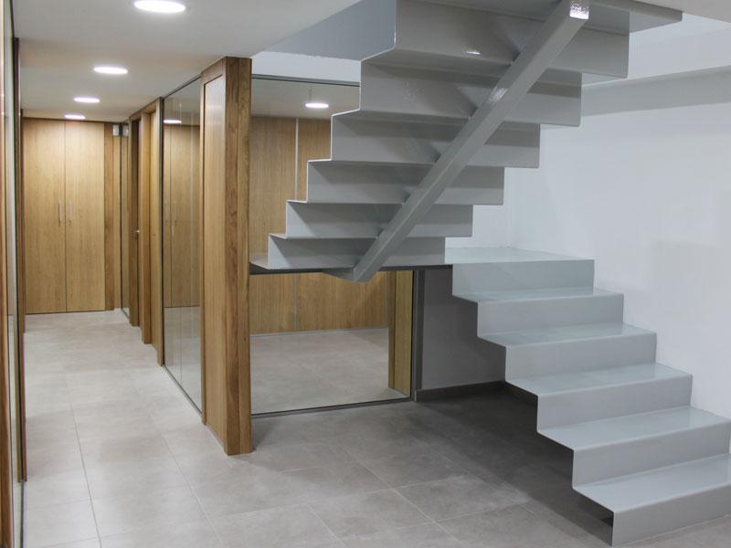 Escaleras Planta-1
